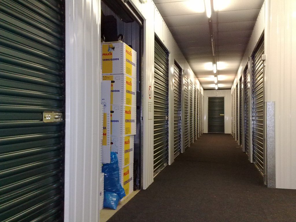 Guest Blog: How Self Storage Can Help With Your Commercial Move