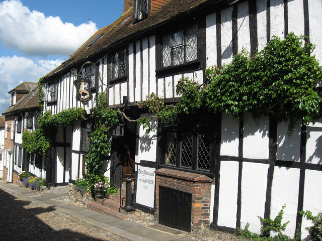 The Mermaid Inn in Rye, thought to be haunted, on a bright day