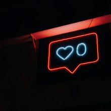 neon symbol of a speech bubble